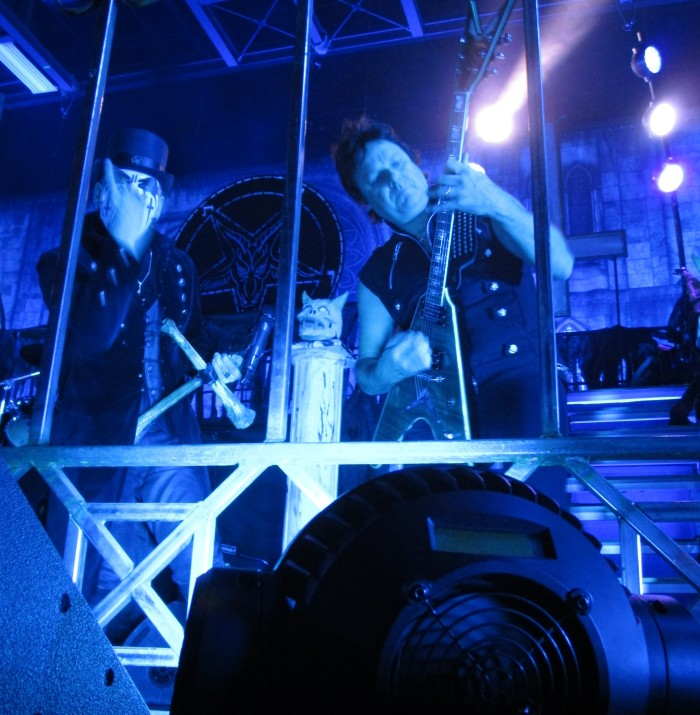 King Diamond and Andy Larocque (Photo by Brian Krasman)